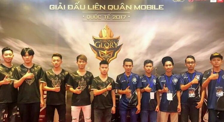 Mobile Arena Throne of Glory