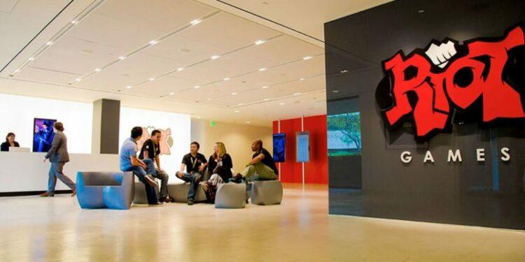 Riot Games Ambil Tindakan Setelah Dituduh Adanya Diskriminasi Gender Di Perusahaan! Gamedaim