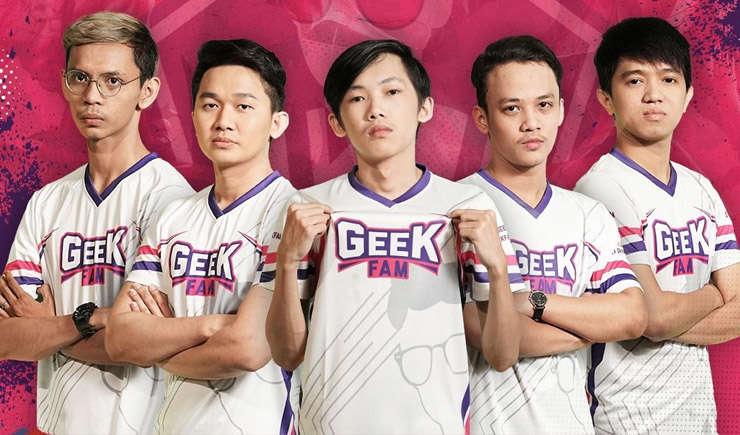 GeekFam 1