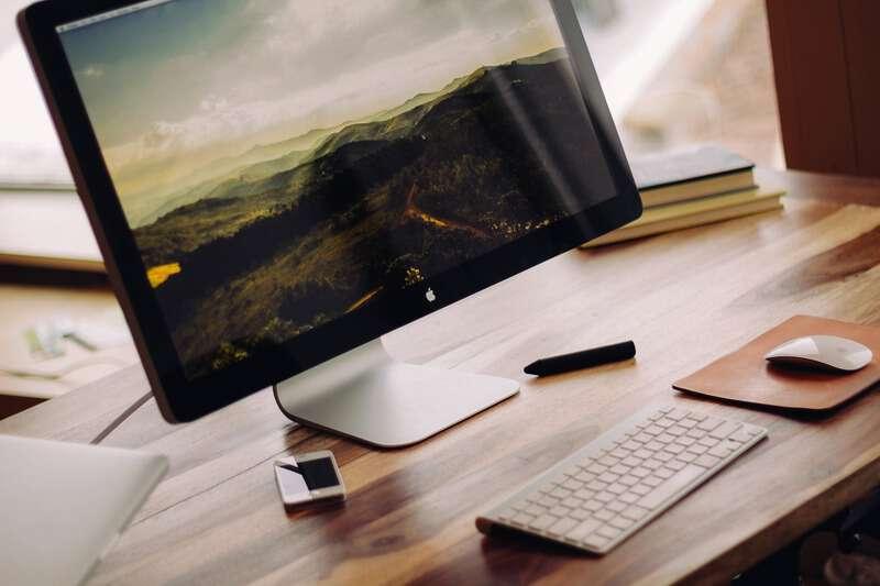 4 Tips Memilih Monitor