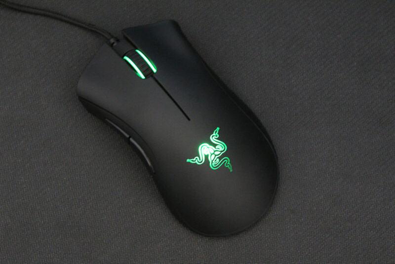 Rekomendasi Mouse Gaming Dibawah 1 Juta Razer DeathAdder