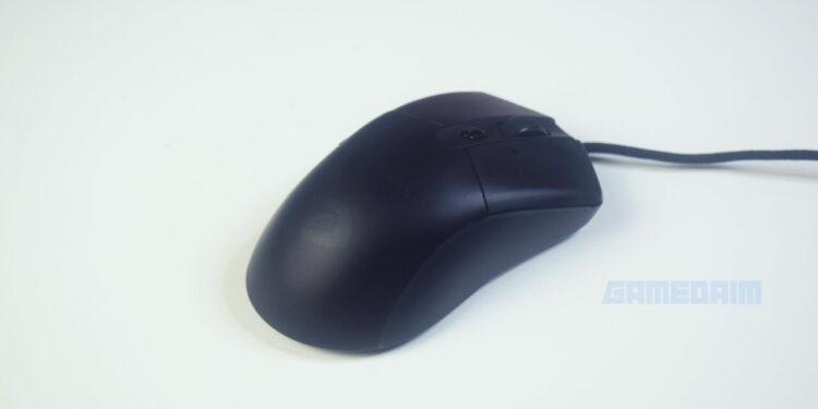 Dareu A960 Alpha Mouse Norgb Closeup Side 1 Gamedaim Review