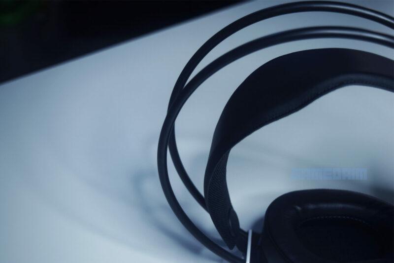 Rexus Thundervox Hx9 Headband Outer Side Gamedaim Review
